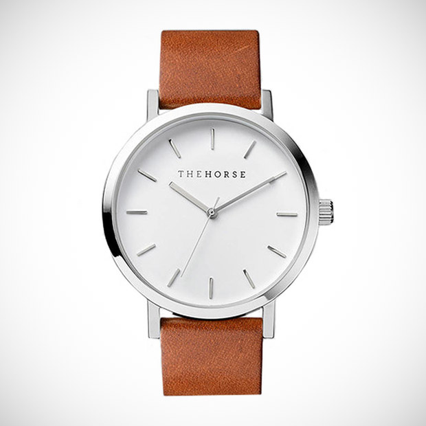 the horse analog leather watch