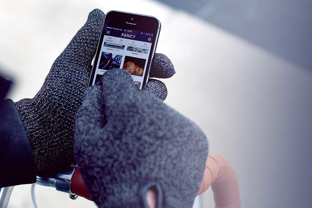 Touchscreen Gloves Mujjo iPhone