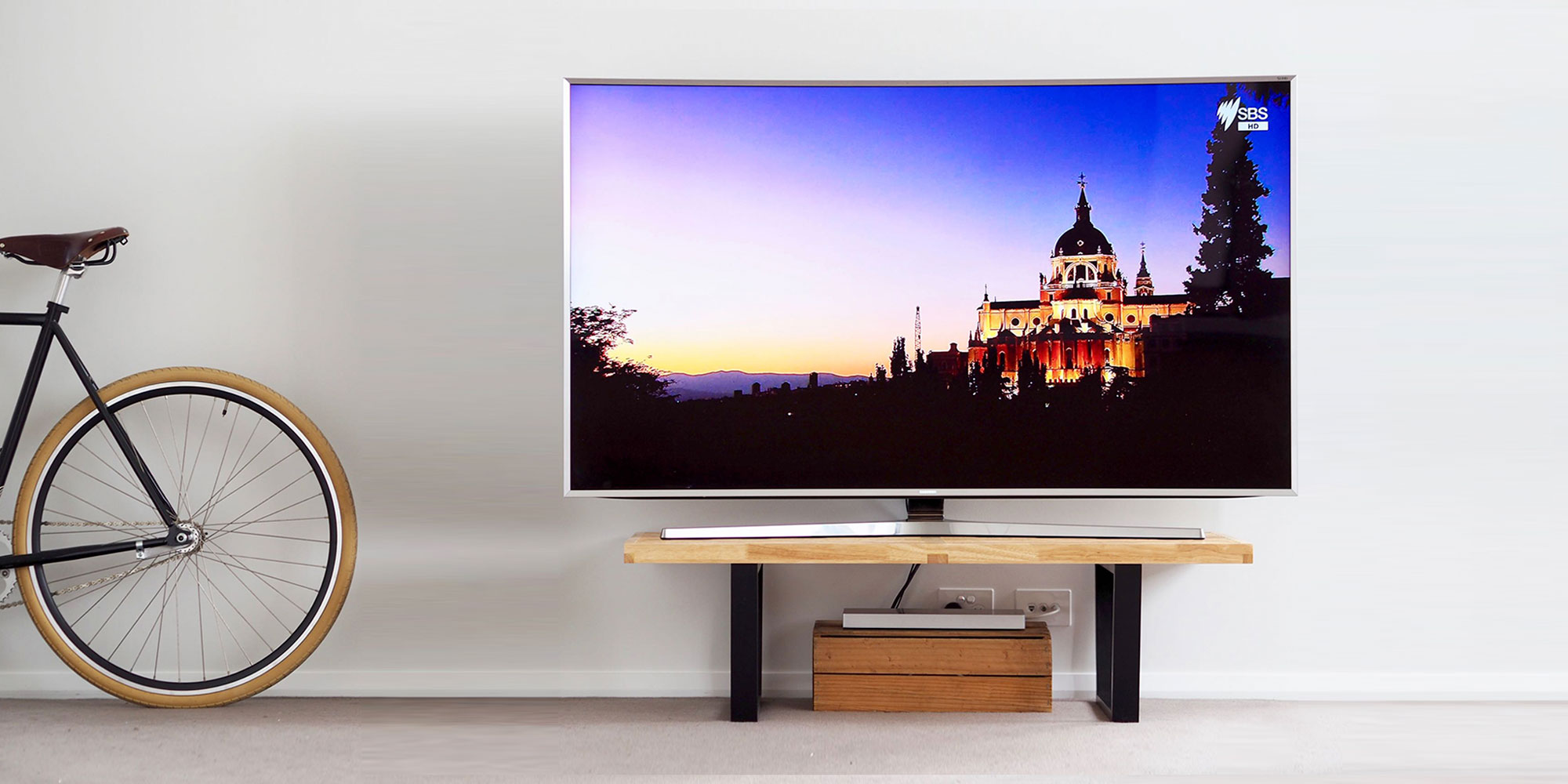 Samsung Series 9 65 inch JS9500 Curved 4K SUHD TV