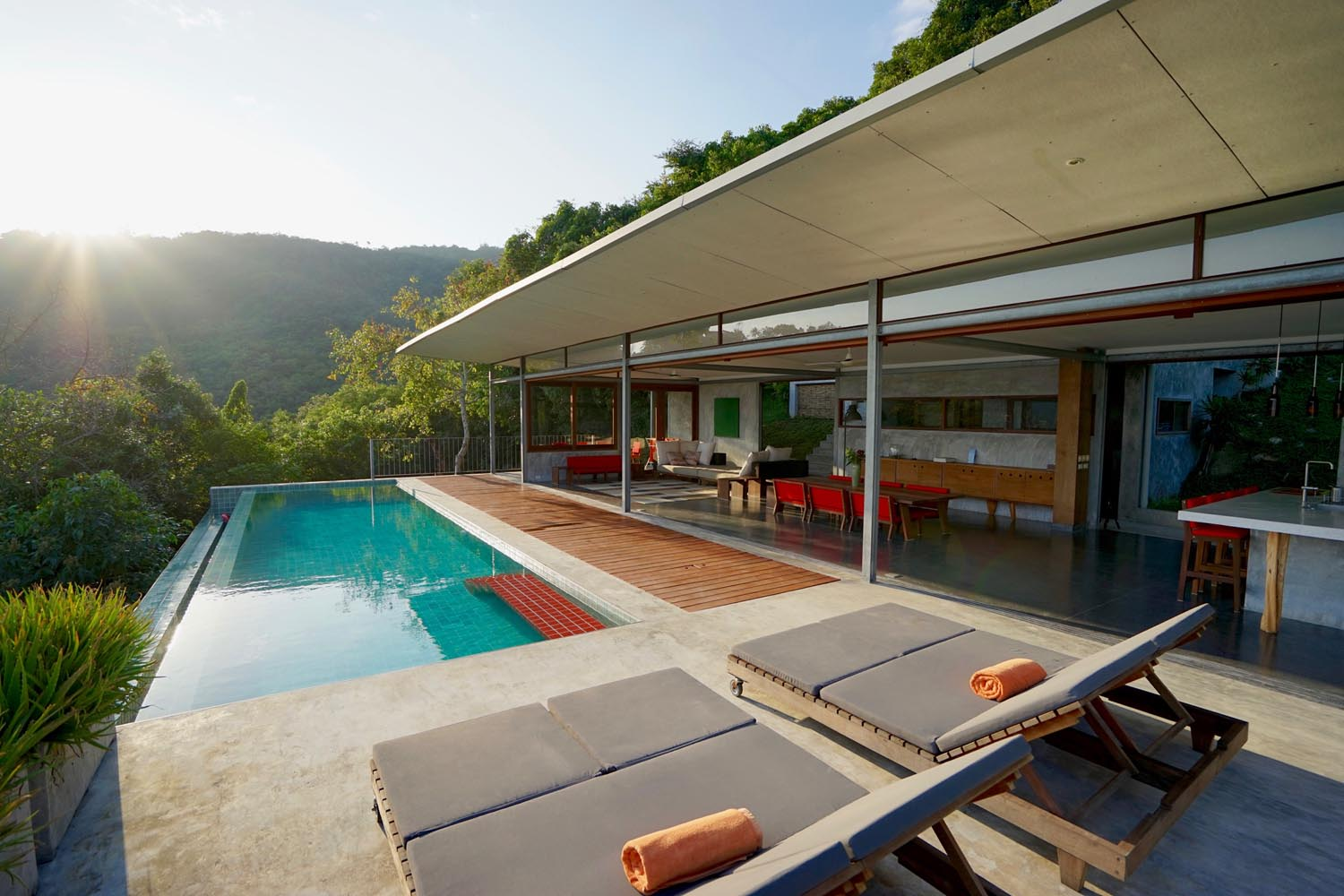 The Naked House - Sea View Villa For Sale - Koh Samui Real