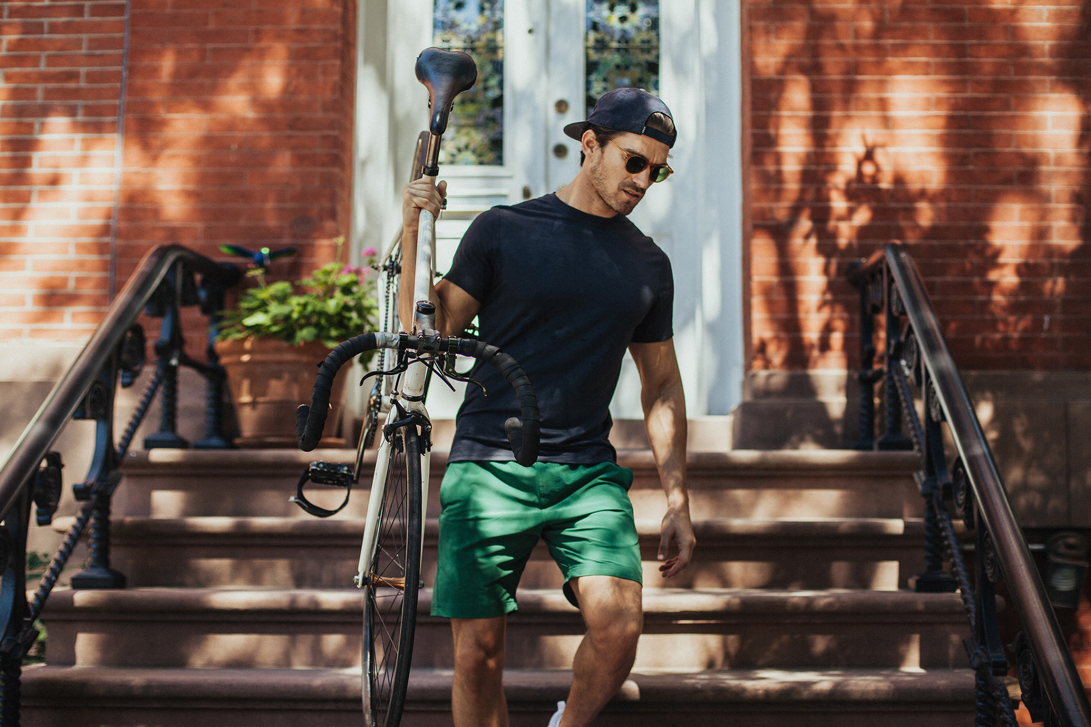 10 Best Men's Swim Shirts: Your Easy Buying Guide (2019