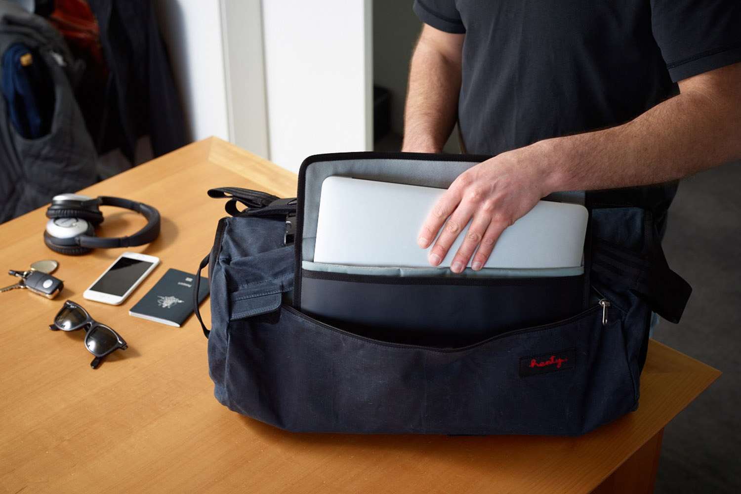 Henty CoPilot | The Ultimate Travel & Active Commuter Bag