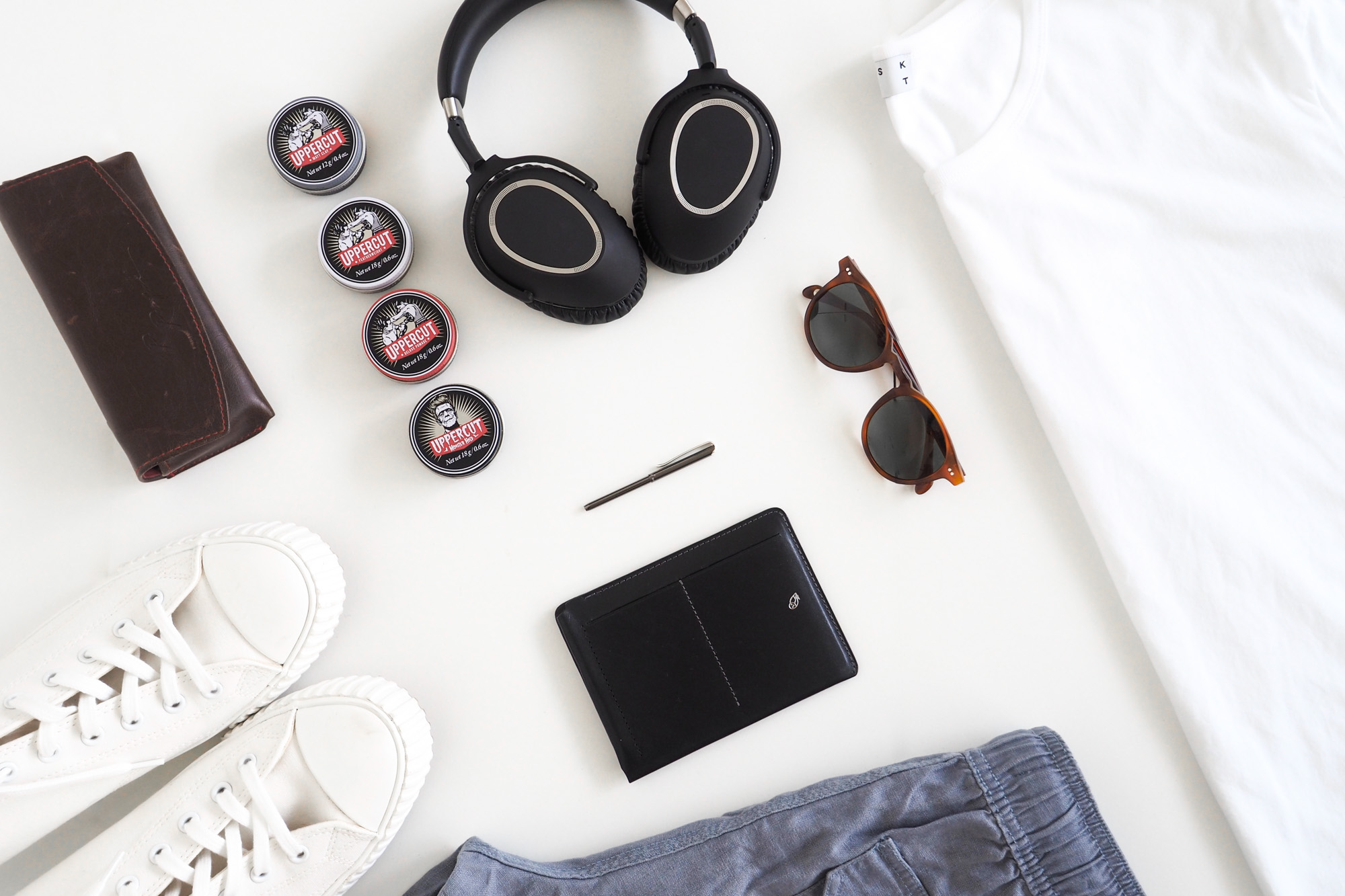10 Men's Summer Travel Essentials