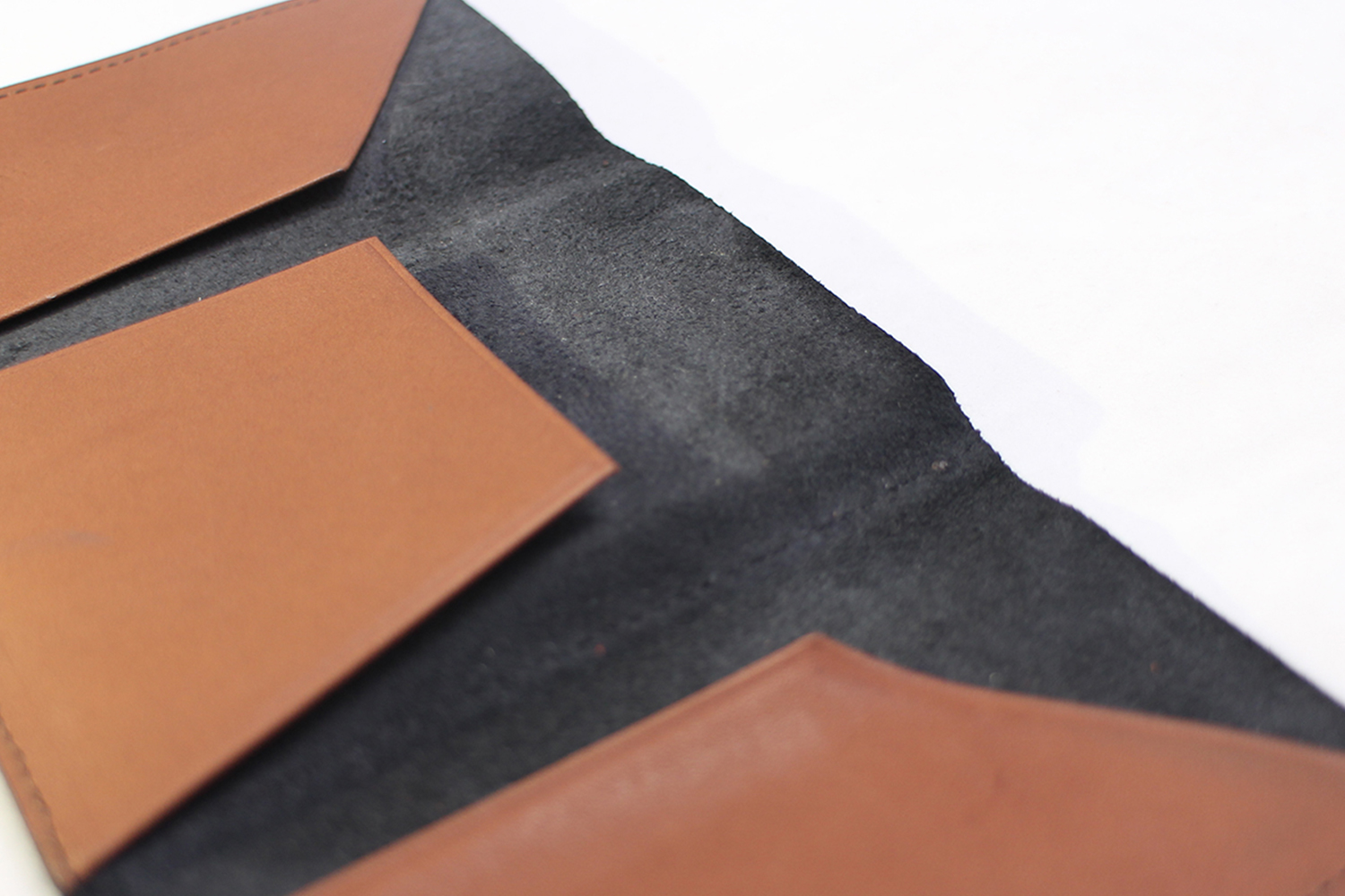 A New Leather Tri-Fold Minimalist Wallet | Volo Non-Wallet II