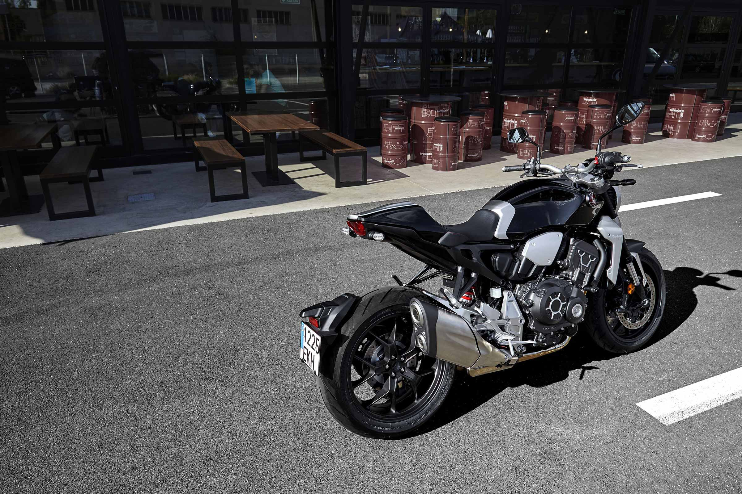 Honda Cb1000r With Neo Sports Cafe Styling Hey Gents