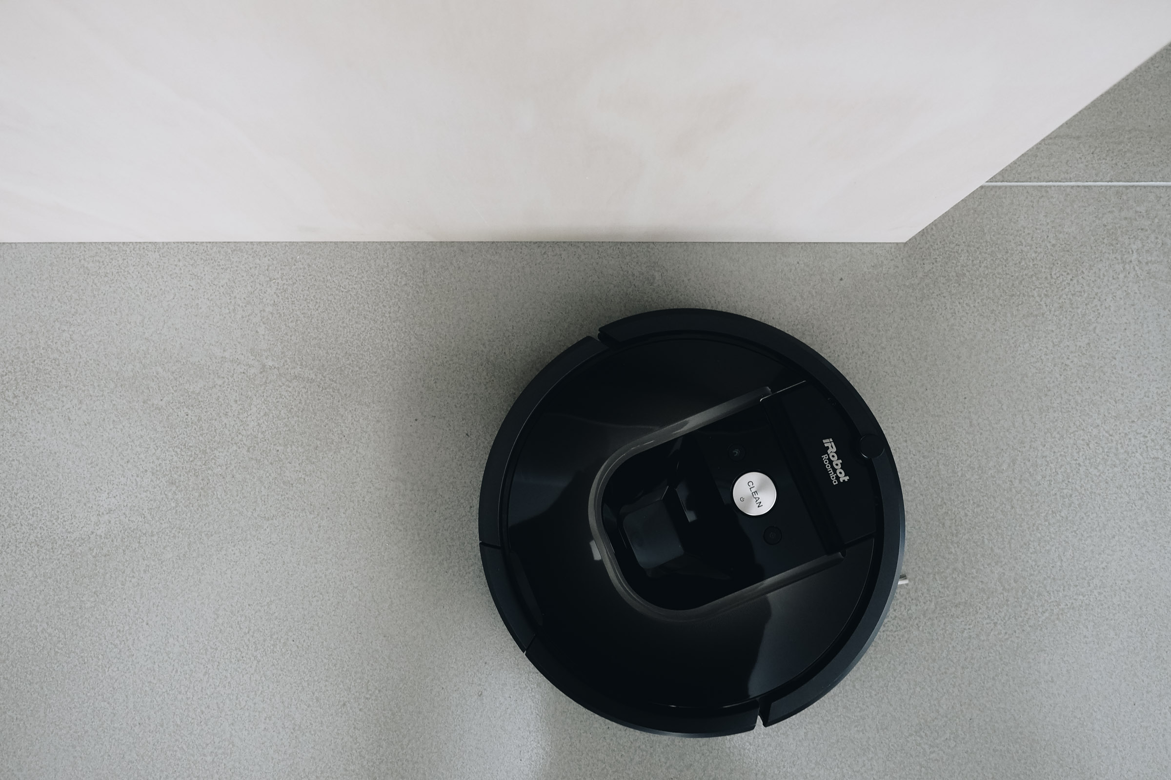 the next generation of cleaning irobot roomba 980 review. Black Bedroom Furniture Sets. Home Design Ideas