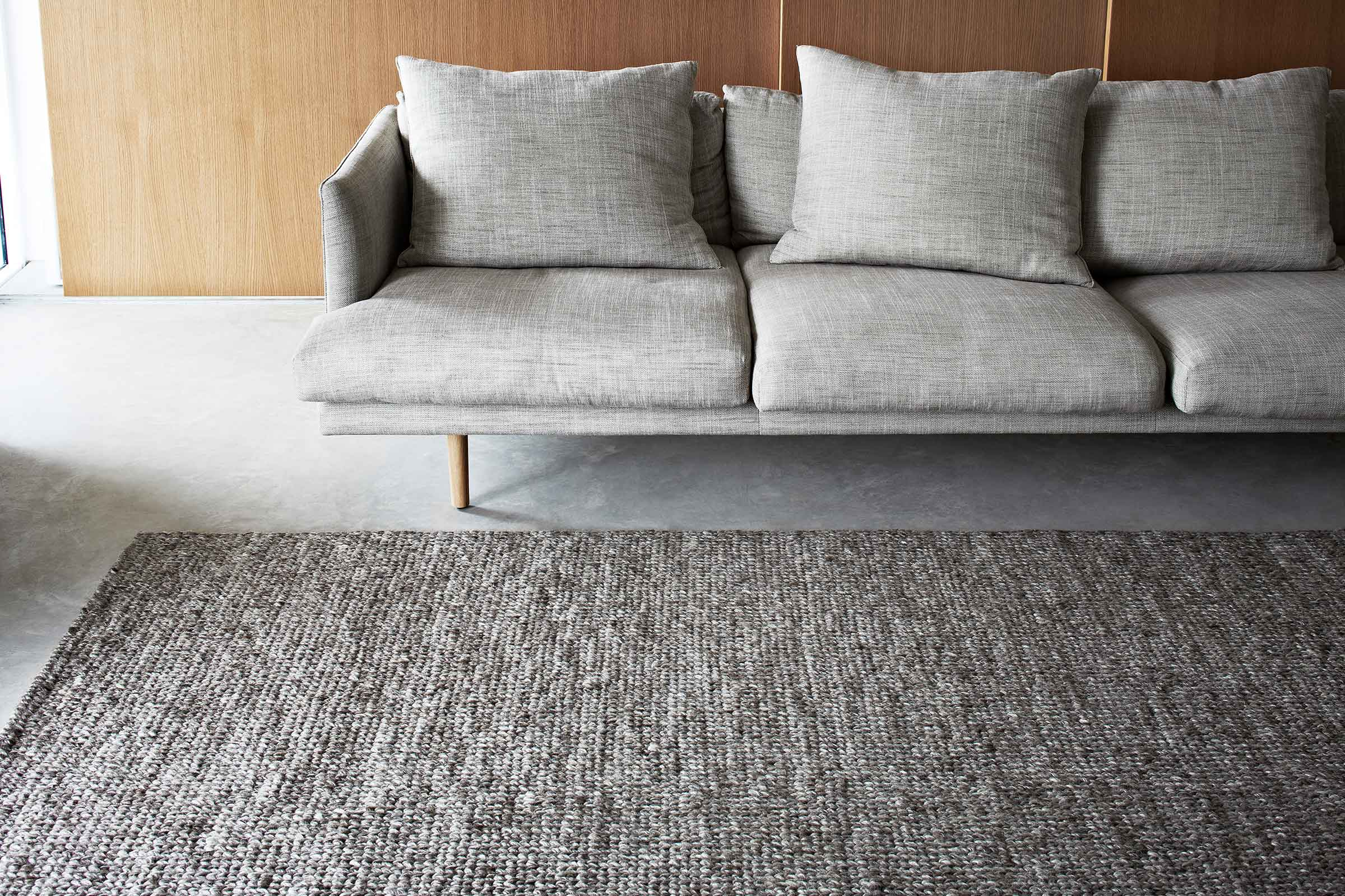 How To Choose The Right Rug For Your Place With Hunting For George