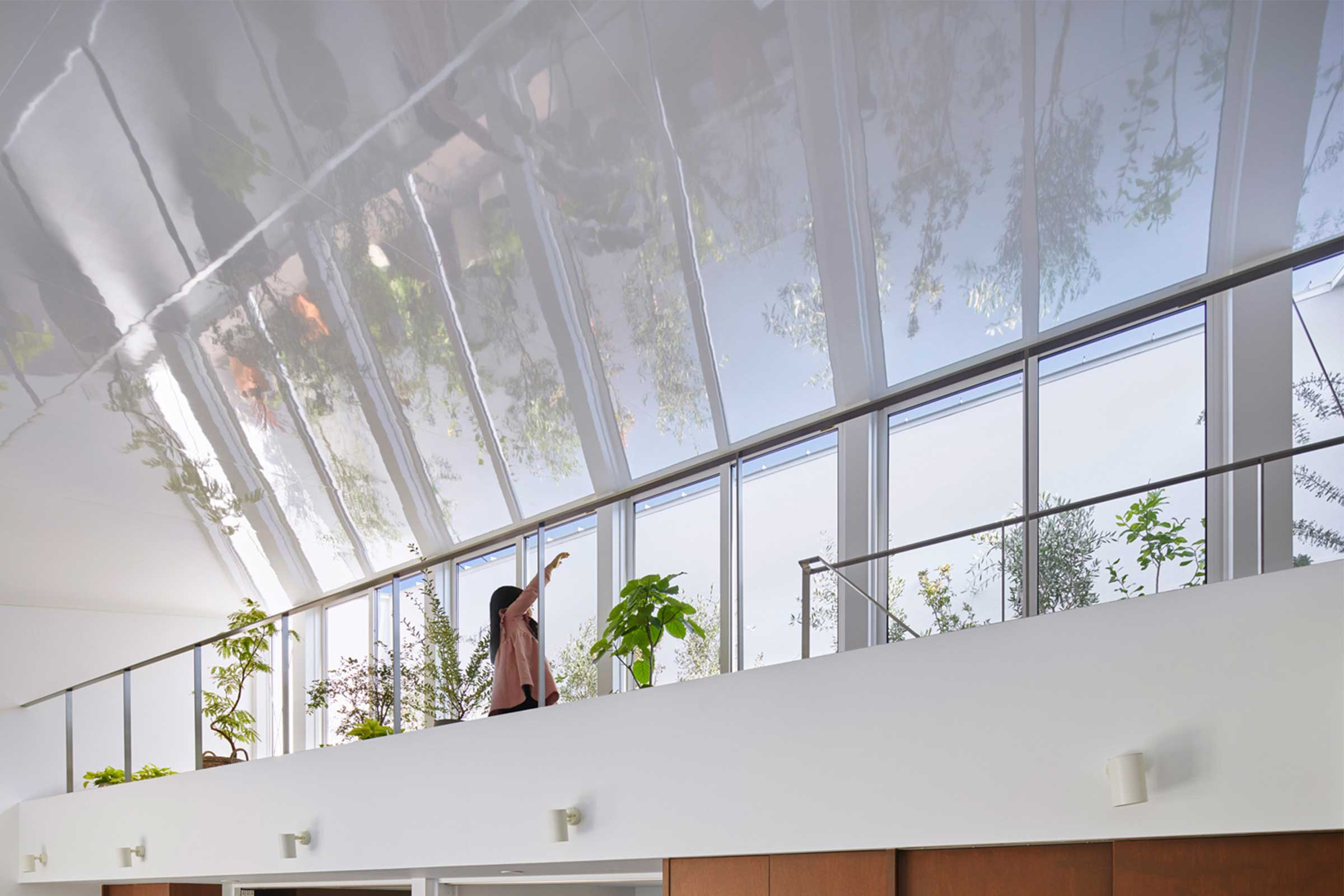 H HOUSE MEZZANINE - Indoor Plants
