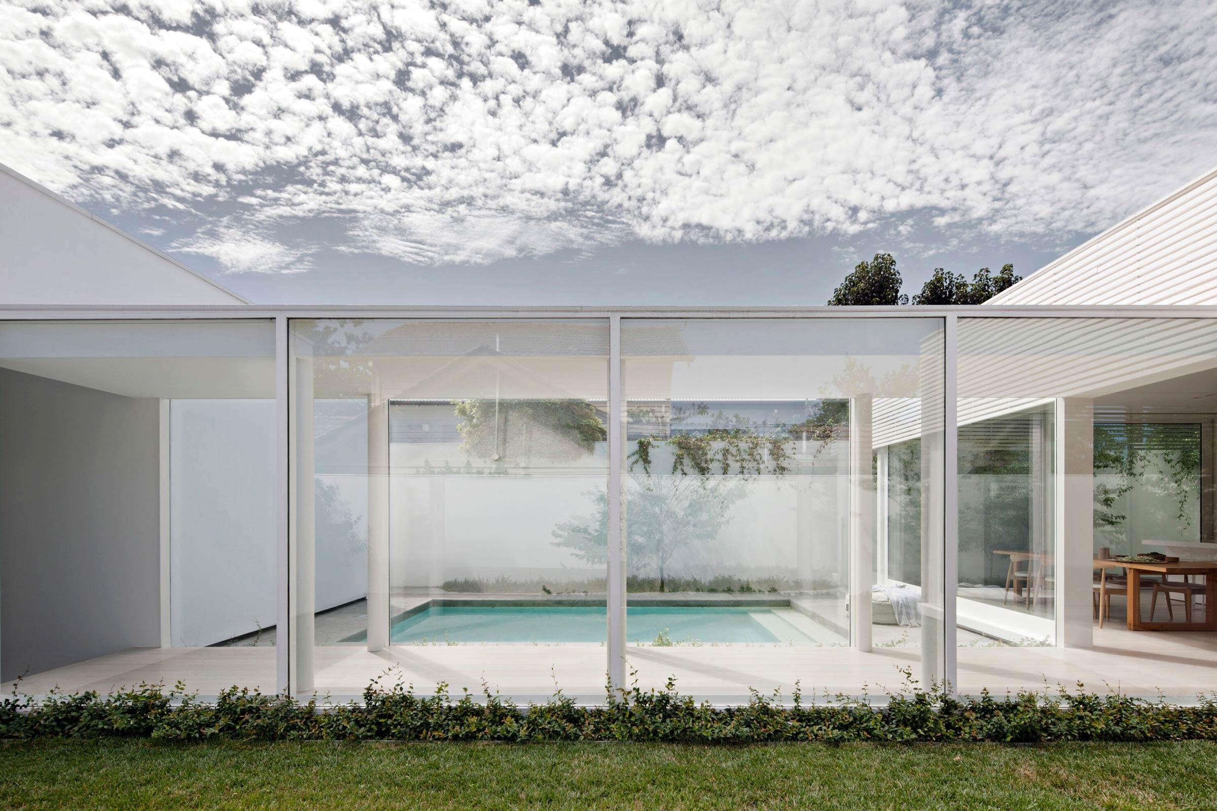 White House In Melbourne - Pool