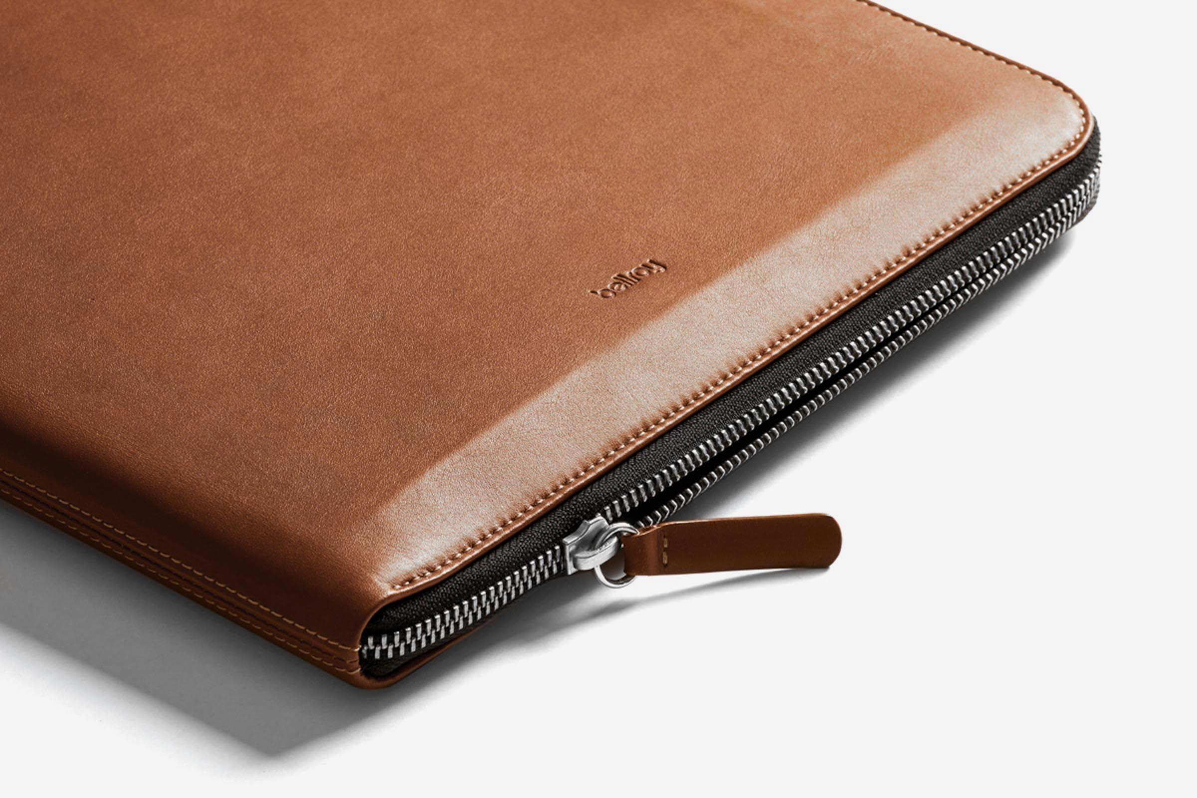 0cfd26f20b Bellroy Work Folio A4 Review | Cut Down on Clutter