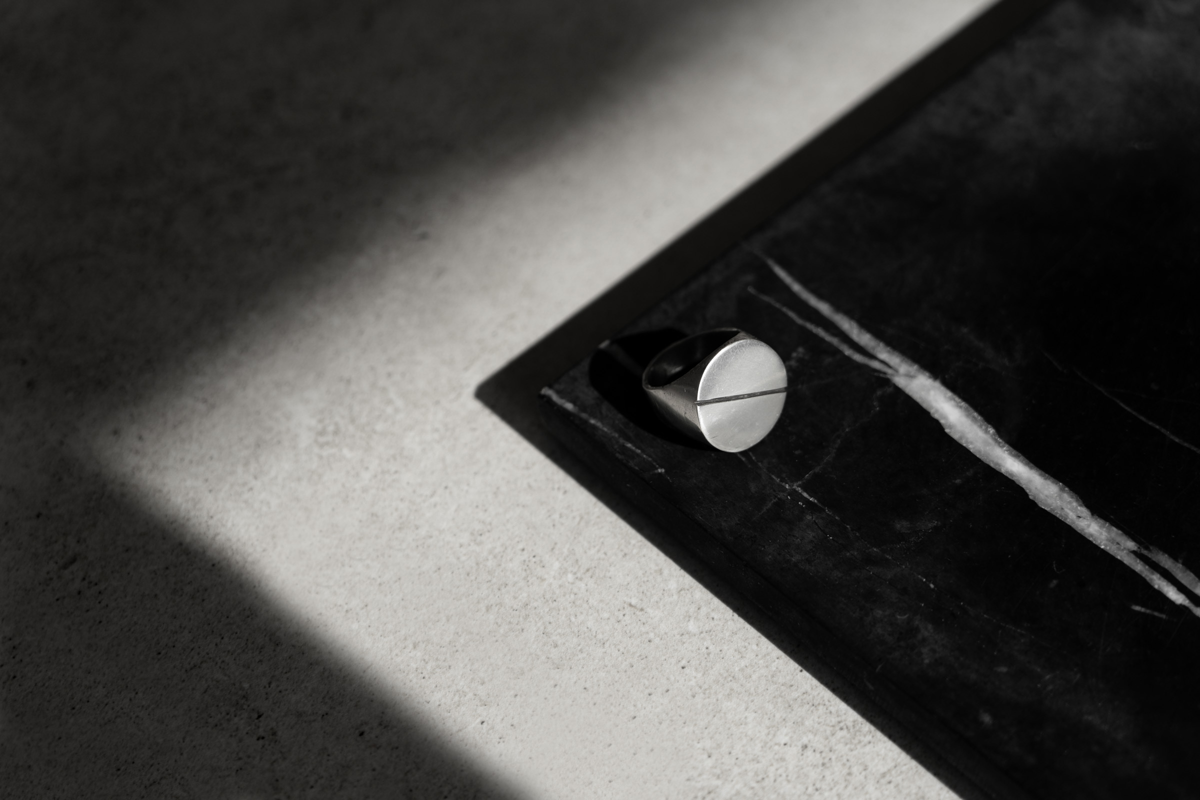 Black De Ville - HEY GENTS-1 - Minimalist Jewellery