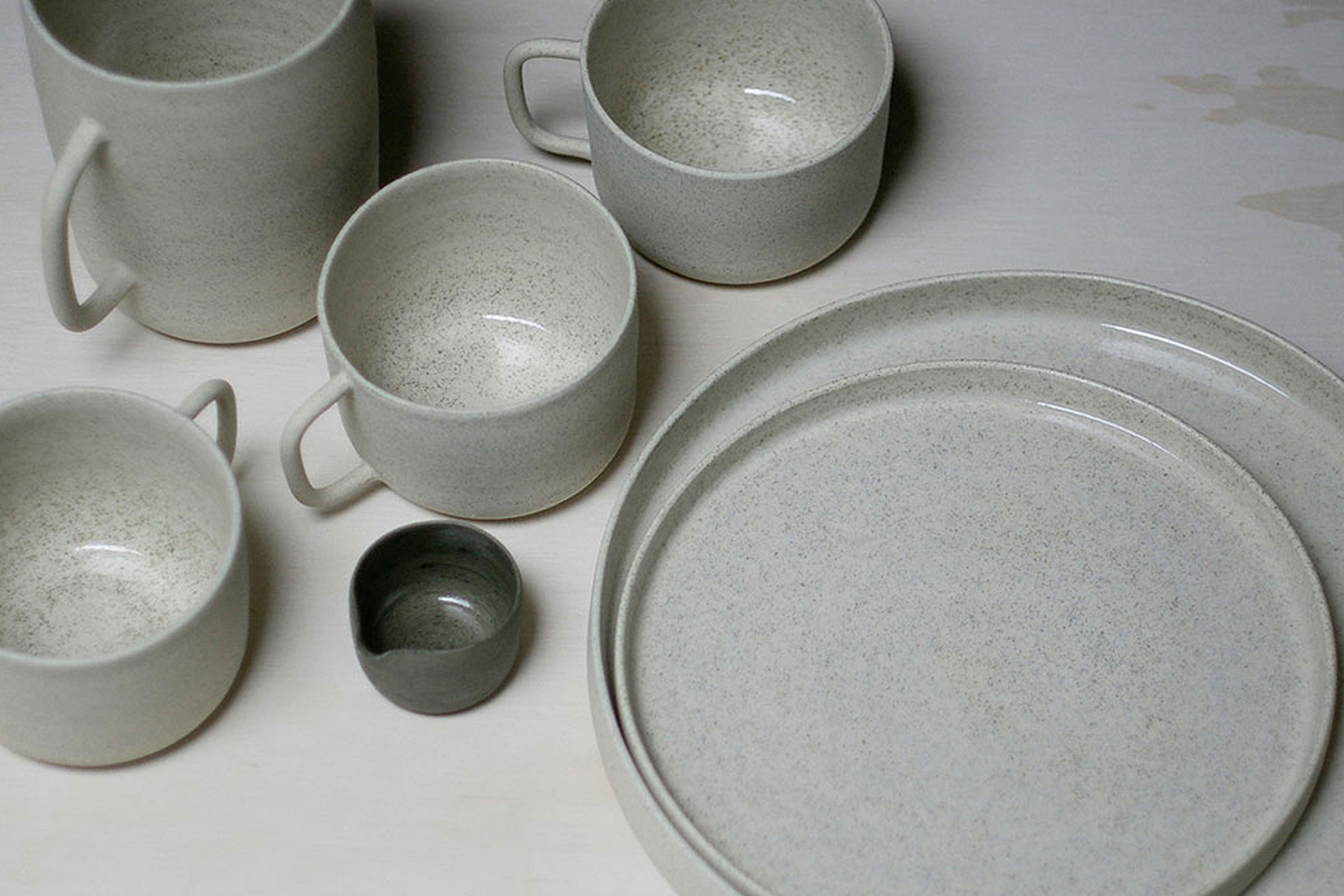 Home Gift Guide - Ghost Wares - White Speckle Platter & Mug