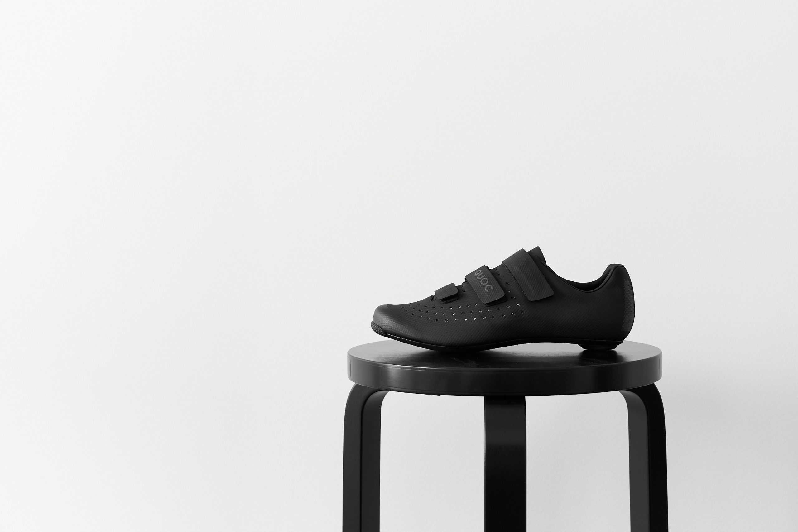 Well-Designed, Minimalist Cycling Kit & Accessories - Quoc Night Mono Plain Black Cycling Shoes