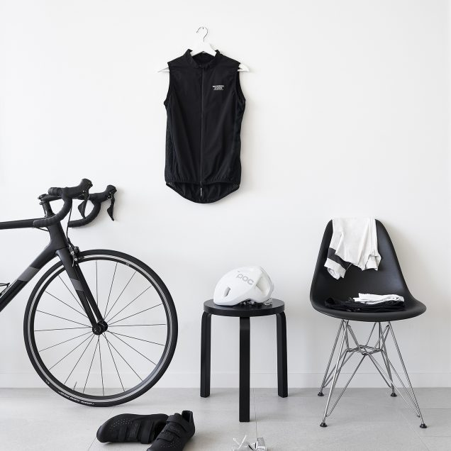 Well-Designed-Minimalist-Cycling-Kit-&-Accessories---HEY-GENTS