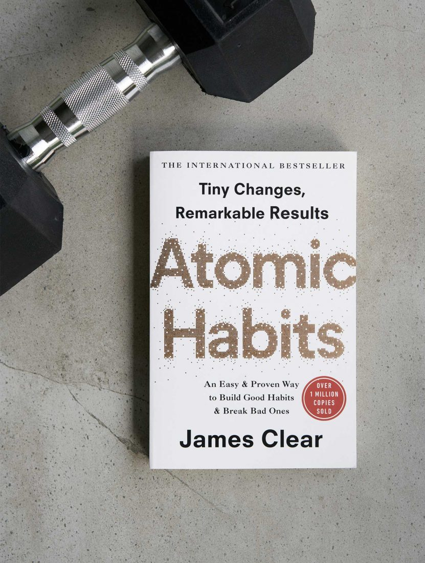 Atomics-Habits-Book-Review-Feature-Image---HEY-GENTS--1